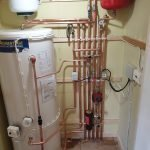 Pressurised hot water system